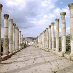colonnaded_street