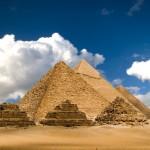 pyramids-of-giza-gzgrtpy